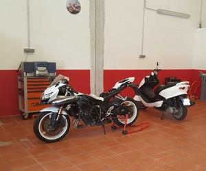 Servicio de mecánica de motos en Sevilla