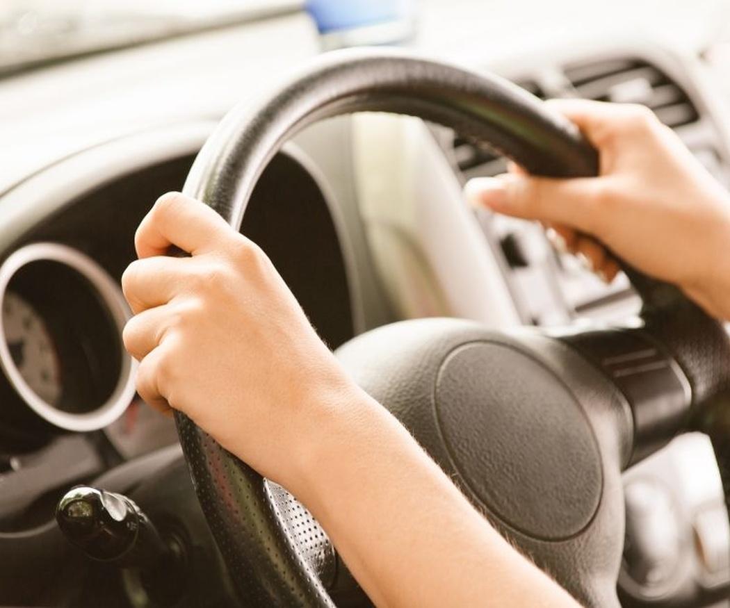 Riesgos de conducir con el carnet caducado