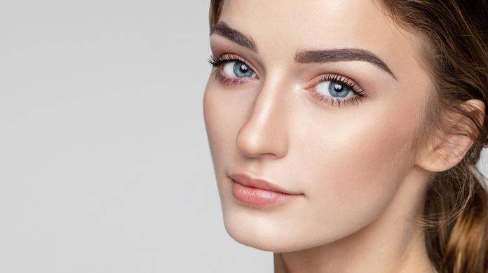 Facial. Tratamiento de la mirada: Servicios de Nuevo Estilo