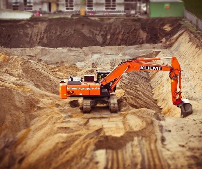 Nivelación de tierras: Servicios de Excavaciones y Derribos Díaz Martínez