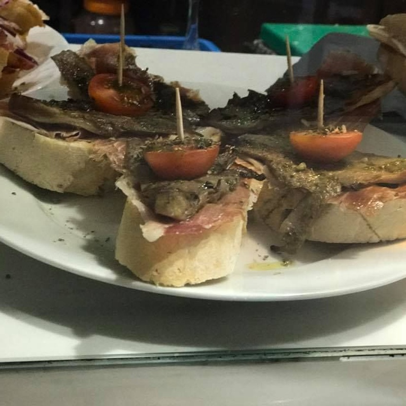 Tapas: Nuestra carta de Restaurante Bodegón Tapias