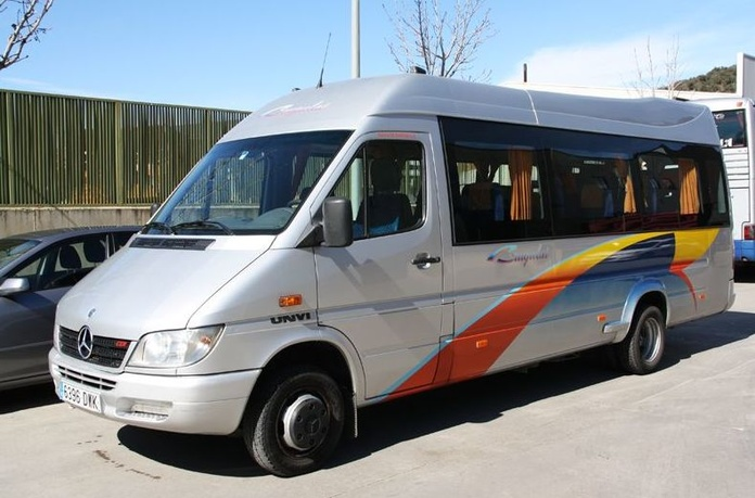 Servicios que ofrecemos : Prestaciones  de Autocars Brugulat