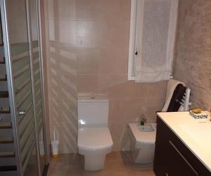 reforma de baño con cambio de bañera por plato de ducha
