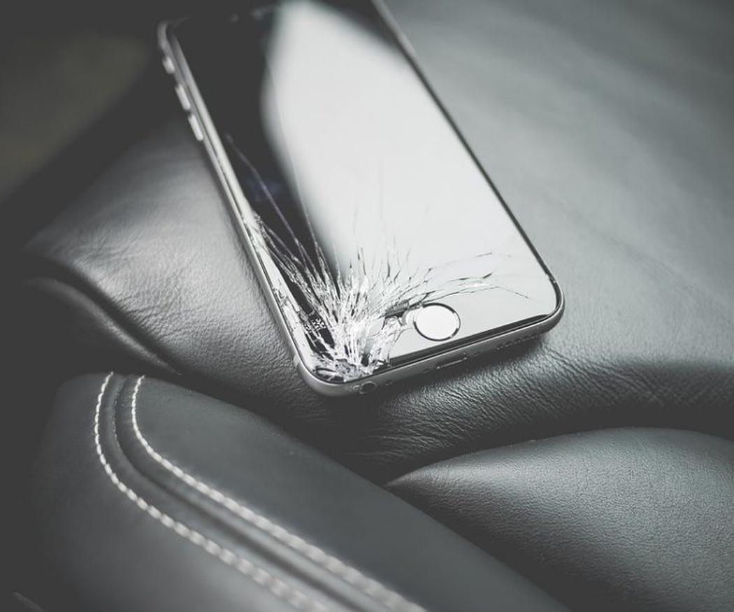 Atento a estos detalles si se ha roto la pantalla de tu móvil