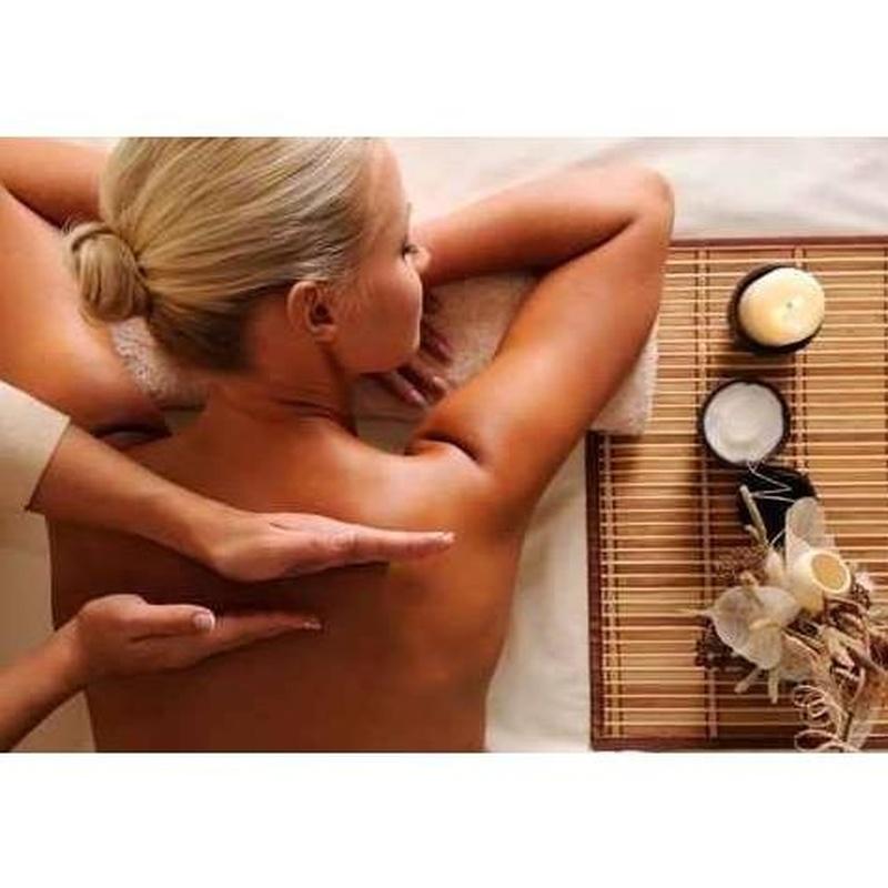 Masaje terapéutico : Tratamientos  de Els Núvols
