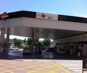 Servei Estació Sant Jordi. Estació de servei a Mollet del Vallès