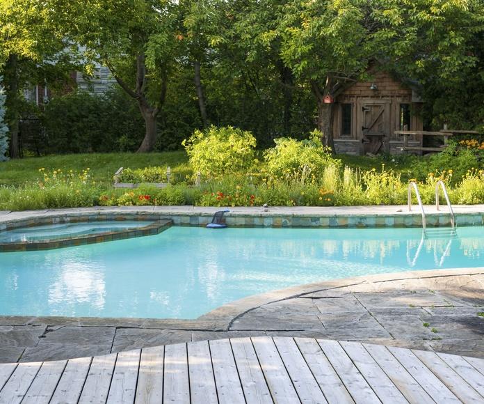 Instalación y mantenimiento de piscinas: Servicios de MGN Instalaciones