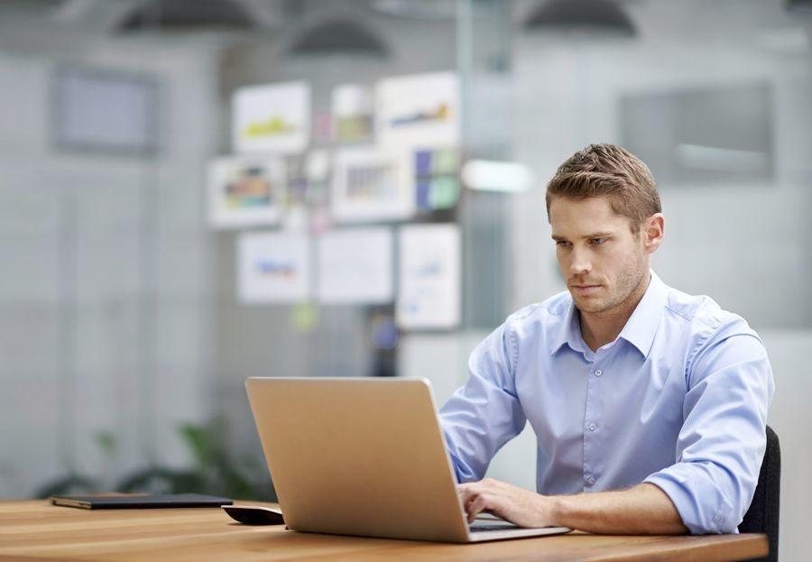 Cómo cuidar tu espalda en el trabajo