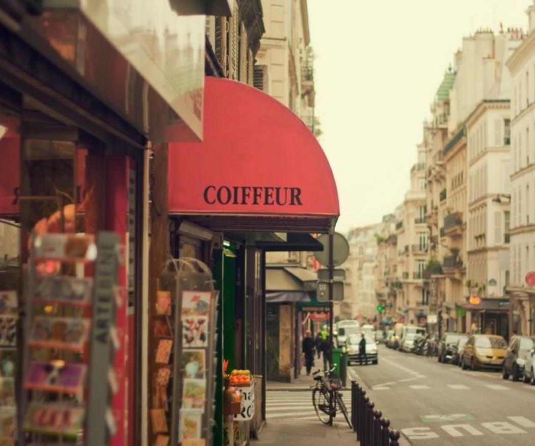 París, la ciudad donde nació el toldo