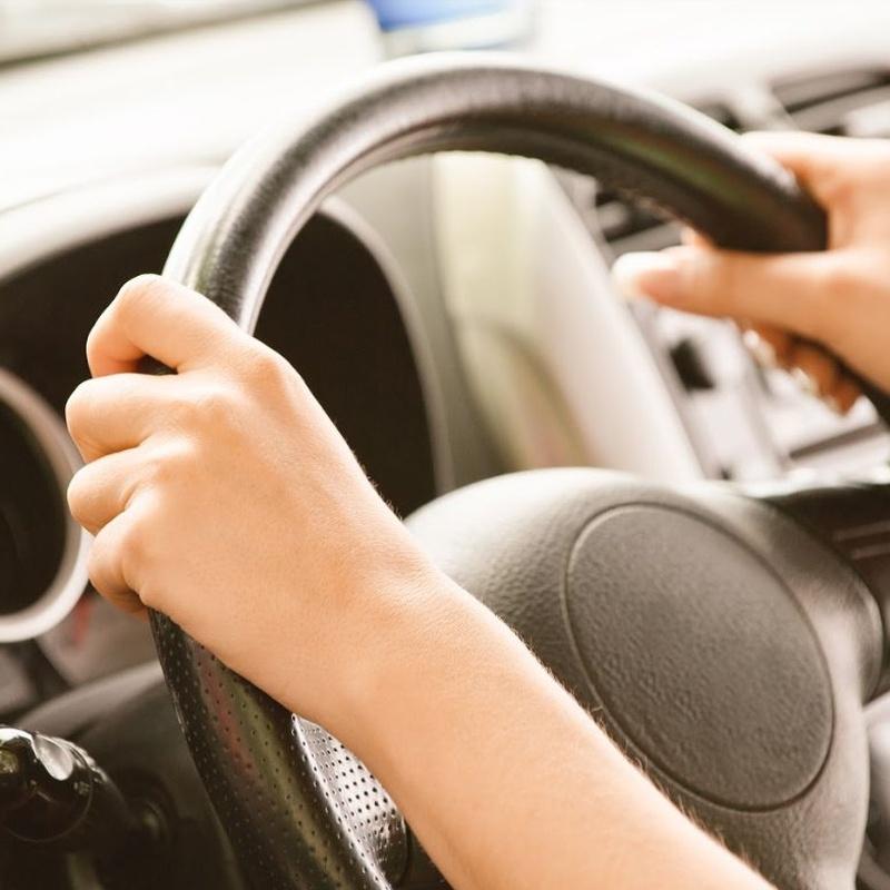 Carnet de coche B: Permisos de conducir de Autoeskola Larrañaga