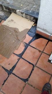 Limpieza de pintura en suelo