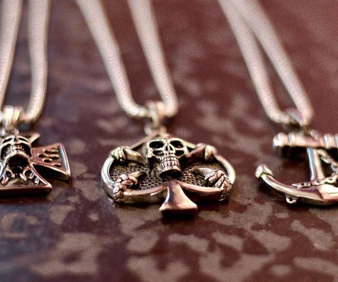 Bisutería, piercing y accesorios: Servicios de Skulls Lady Tattoo And Gallery