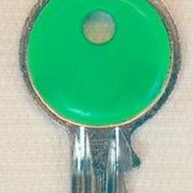 Color: Catálogo de Alpizar Maestro Cerrajero