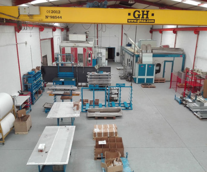 Otras máquinas : Servicios y maquinaria  de Calderería y Obras, S.L.