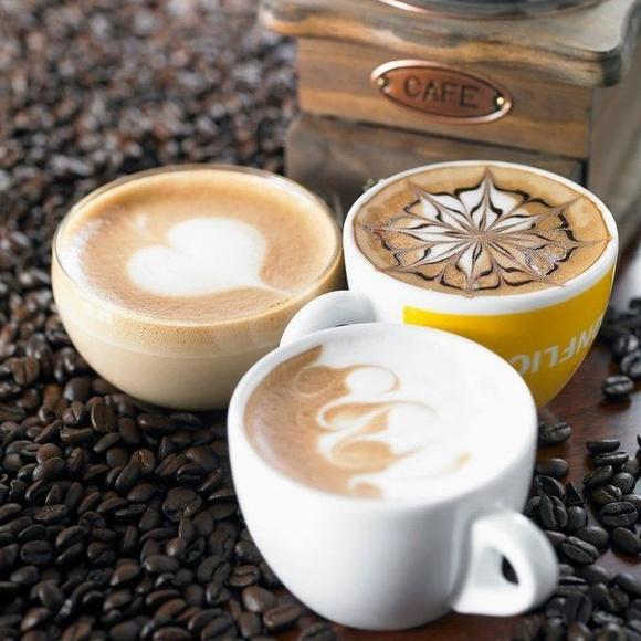 Cafés: Carta de Anubis Coctelería