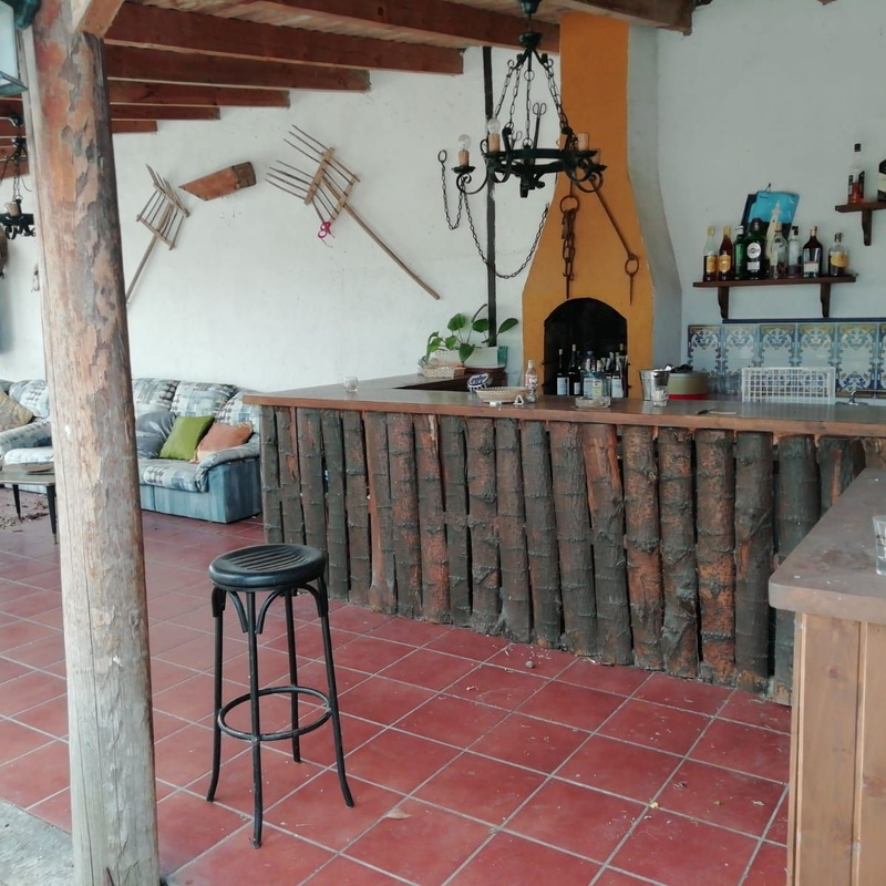 Restaurante y espectáculos: Hotel 2 estrellas de Cortijo Macoterano
