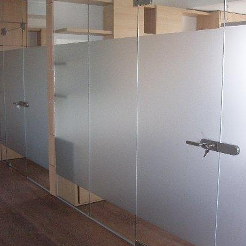 División para Despacho de cristal
