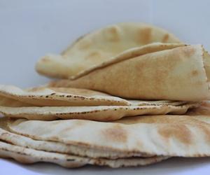 Fabricante de pan de pita libanés