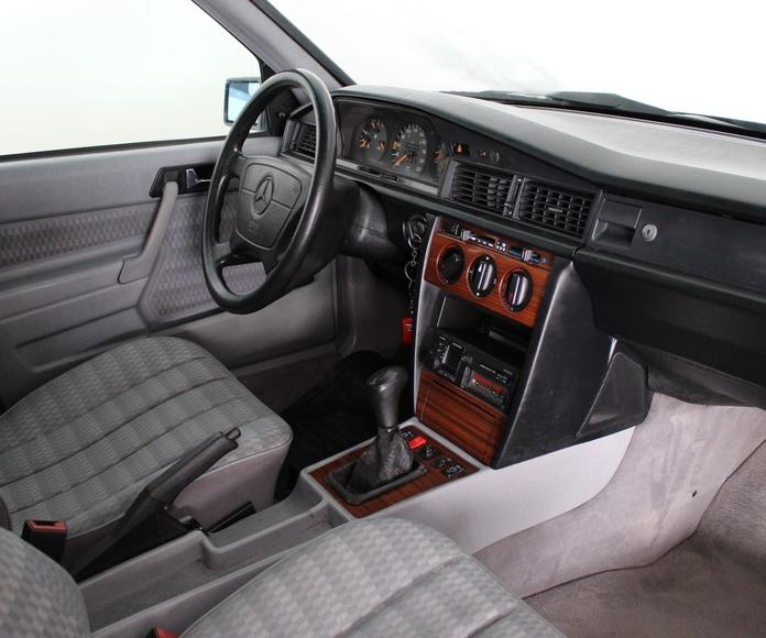 Mercedes 190E 2.0 Classic: Nuestros Vehículos de Activa Motors