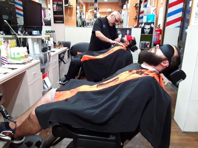 Este OTOÑO corte pelo+ barba por 18'90€....✂️✂️✂️✂️✂️✂️✂️