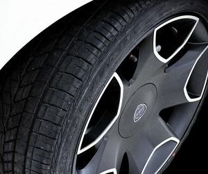 ¿Cuándo sustituyo los neumáticos de mi vehículo?