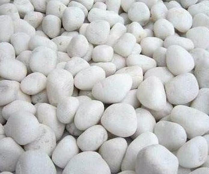 Cantos rodados blanco