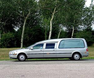 Servicios funerarios, traslados nacionales e internacionales