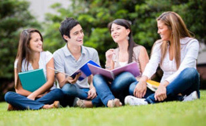 Seguro de Asistencia en Viaje Europ Assistance Estudiantes: Servicios de Pons & Gómez Corredoria d'Assegurances