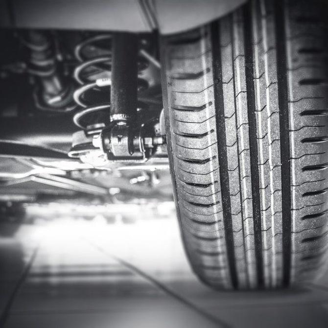 ¿Cuándo debo cambiar las ruedas de mi coche?