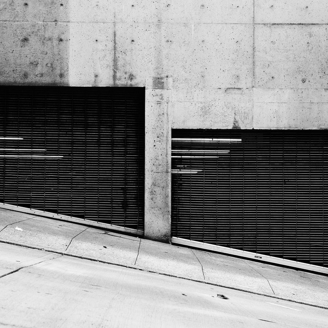 Las diferentes aperturas de puertas de garaje metálicas