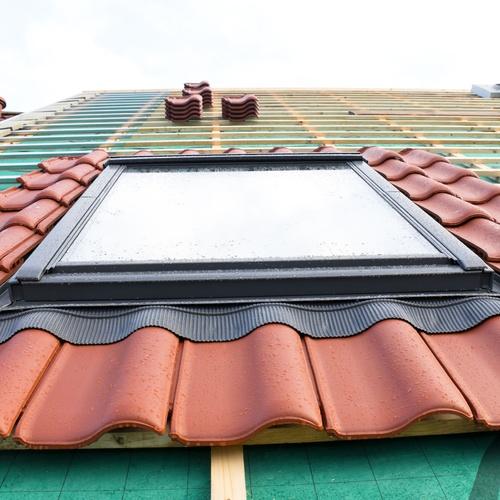 Instalación ventanas Velux Oiartzun