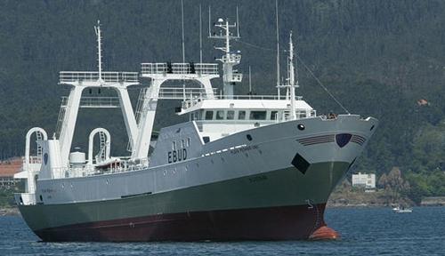 Disponemos de buques y almacenes congeladores de gran capacidad