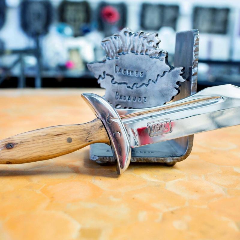 Venta online de cuchillos y espadas forjadas a mano: Productos de Arteforja JMC
