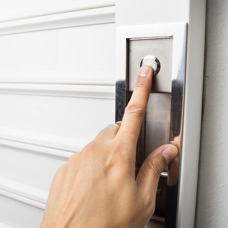 Puertas metálicas: Servicios de Automatismos Montidoor