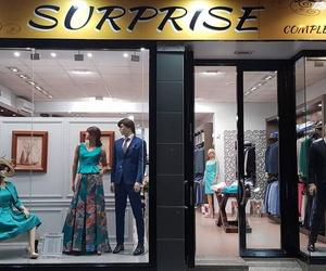 Trajes de ceremonia y opciones de ropa de diario en Vélez, Málaga