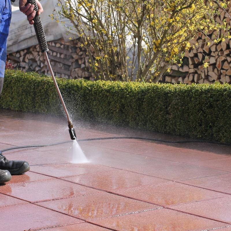 Limpieza y tratamiento de zonas exteriores: Servicios de Selimca