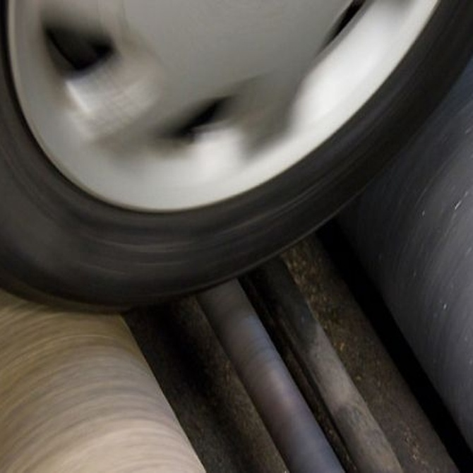 Por qué controlar periódicamente la presión de los neumáticos