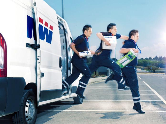 Envíos con recogida y entrega en el mismo día: Servicios de MRW