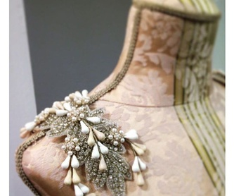 Tocados en porcelana: Catálogo de Amanda Ascot