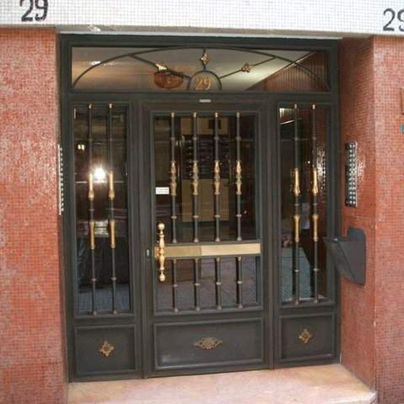 Puertas: Catálogo de Metálicas de Mareo