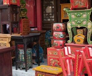 Exposición y venta de muebles de segunda mano
