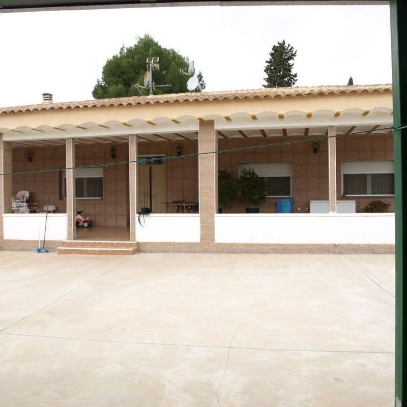 Chalets en venta  190.000€: Compra y alquiler de Servicasa Servicios Inmobiliarios