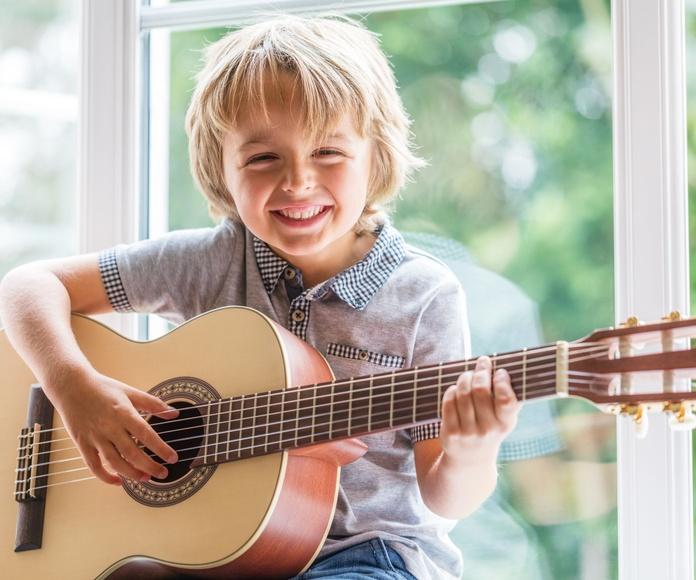 Clases de Guitarra: Servicios de Ametsak