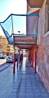 Marquesina de protección en Avenida Príncipes de España. El Médano.
