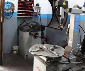 Máquina de cambio para neumáticos Automecánica Sabru