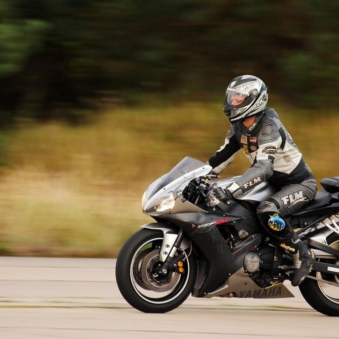 La ropa imprescindible para ir en moto