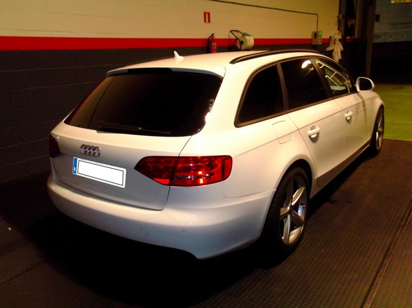 Audi A4 avant. Negro oscuro