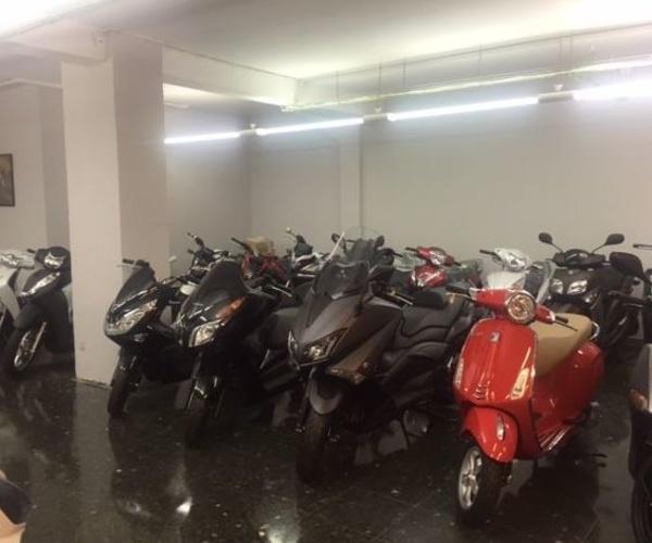 Motos de ocasión en l'Eixample de Barcelona | Barcelona Motos