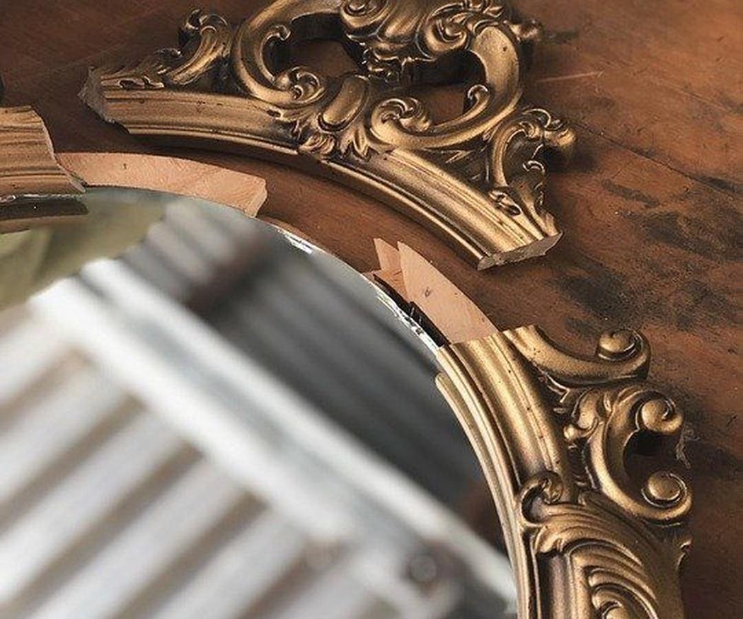 ¿Por qué todos los ascensores tienen espejo?