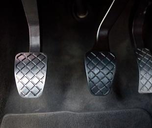 Algunas pautas para alargar la duración del embrague de tu coche